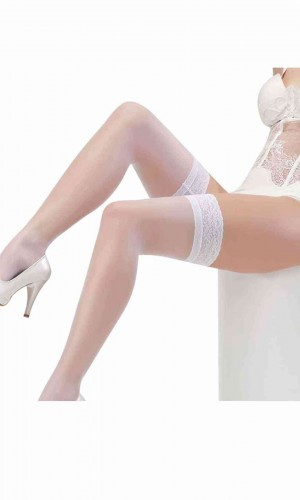 Merry See Beyaz Düz Silikonlu Dantelli Jartiyer Çorap MS2222-1