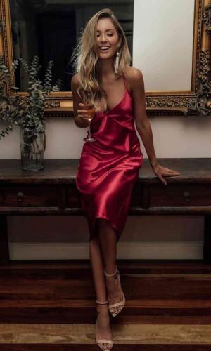 Merry See Saten Sırt Dekolteli Uzun Gecelik Elbise Kırmızı MS2329-Kırmızı